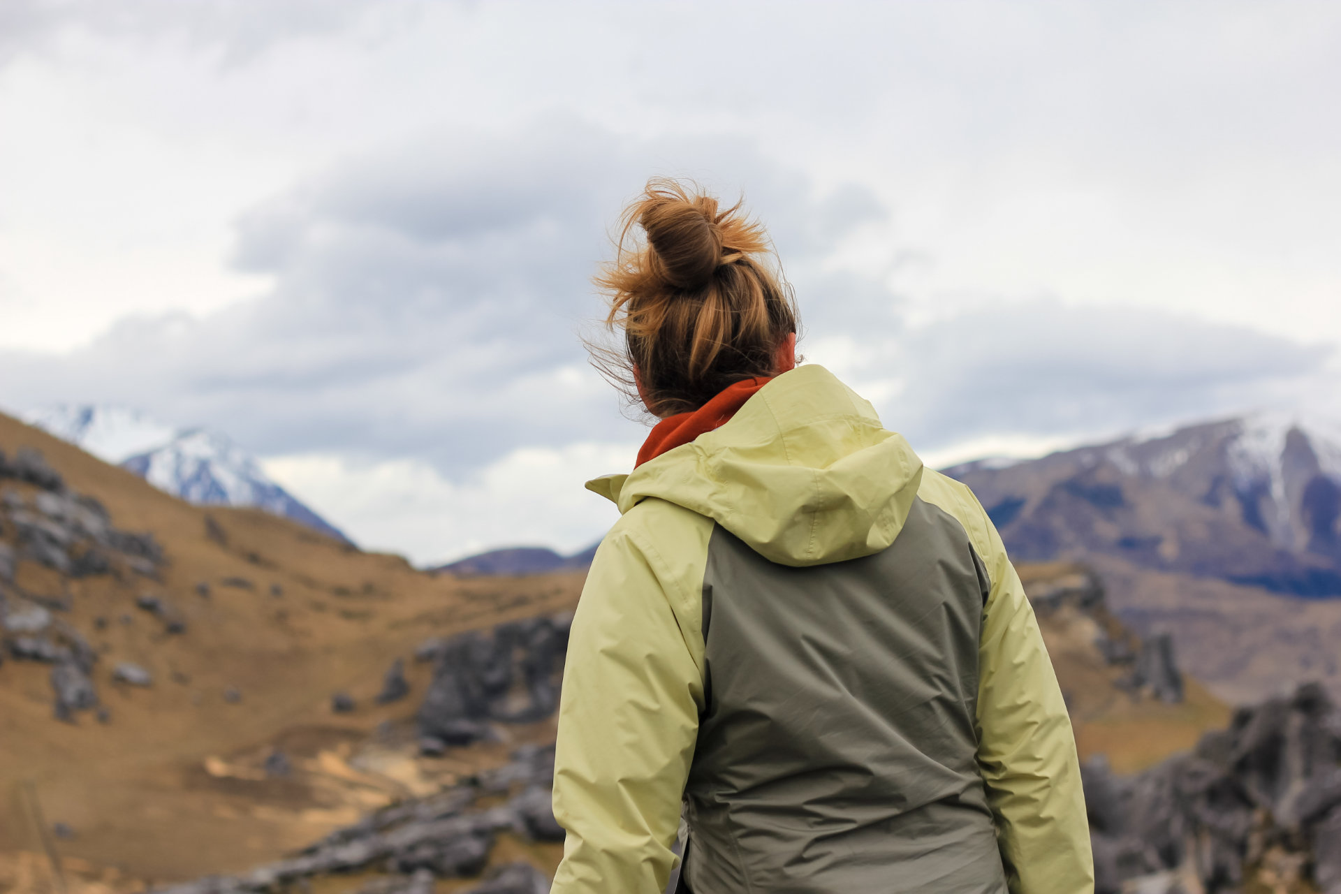woman-in-the-mountains